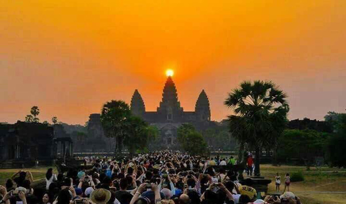 Sunrise Angkor Wat Small Group tour